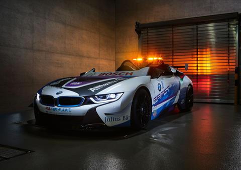 بي إم دبليو تكشف الستار عن سيارة الأمان الرسمية لبطولة العالم للفورمولا إي